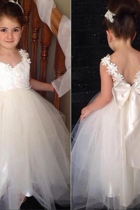 Tulle flower girl dresses luulla flower girl dress pretty flower girl dress lovely girl dress long flower girl mightylinksfo
